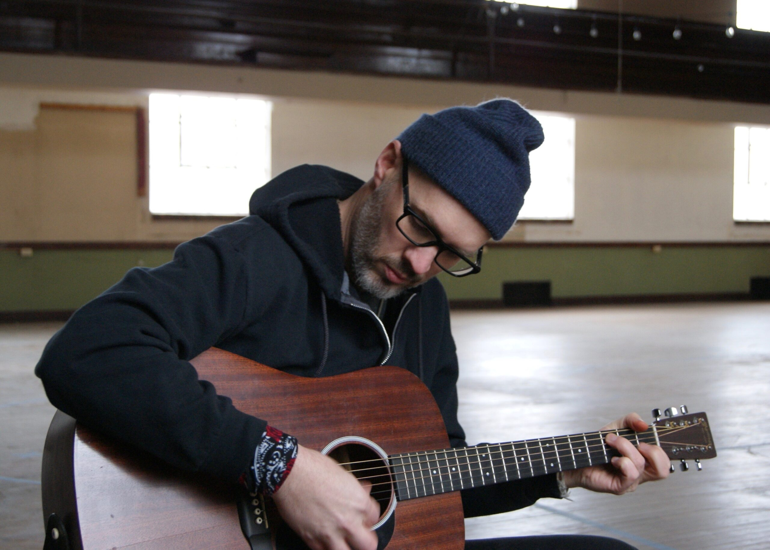 Musical artist Nate Boots with Guitar