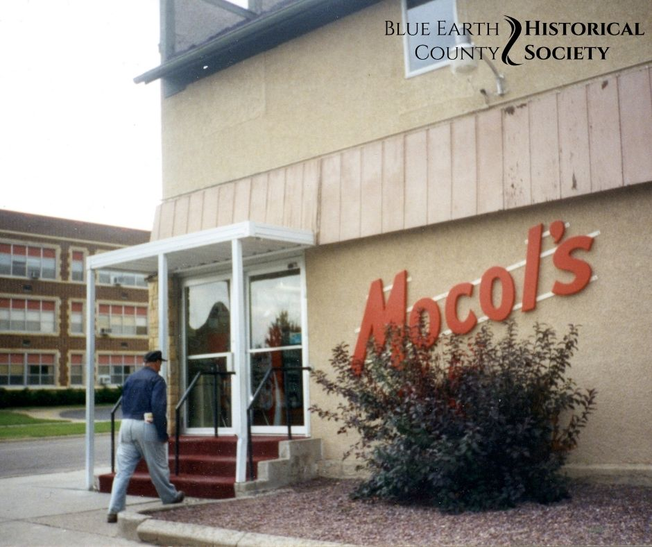 Mocol Family Grocery Store