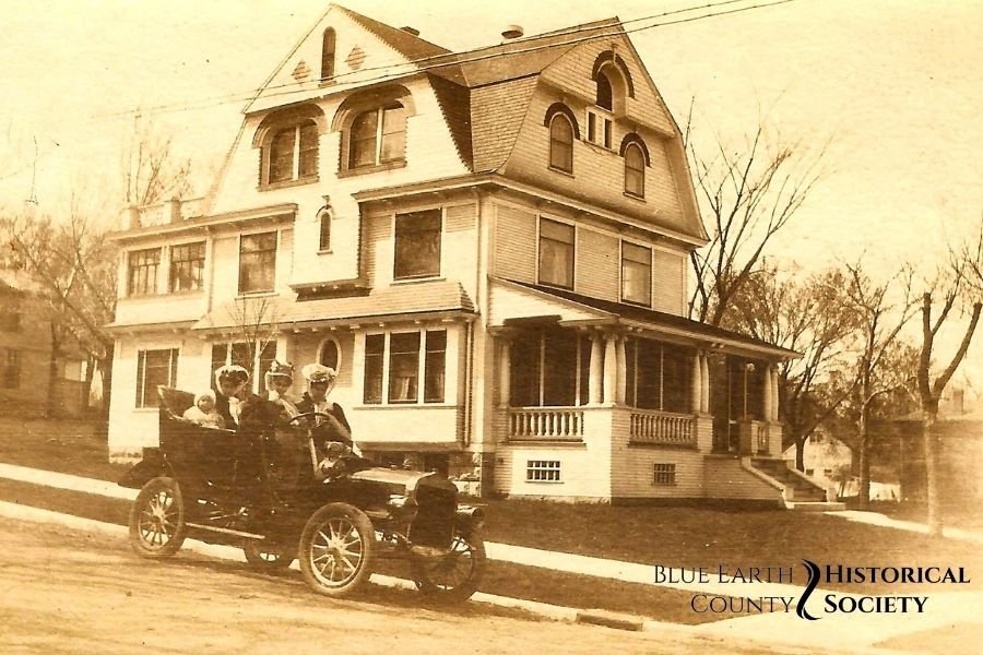 137 Lincoln Street in about 1905, sepia toned