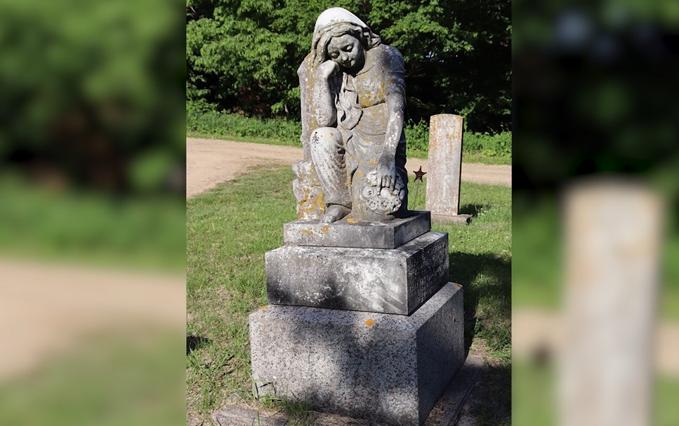 Dackins' family monument at Minneopa Cemetery, as seen in BECHS' virtual tour of the cemetery